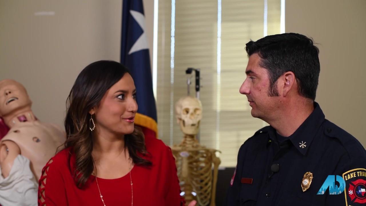Austin – Season 3 – Episode 1 – Autumn Lapaglia & Holly Dees