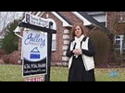 St.Louis – Season 3 – Episode 4 – Krista Hartmann and Susan Brewer