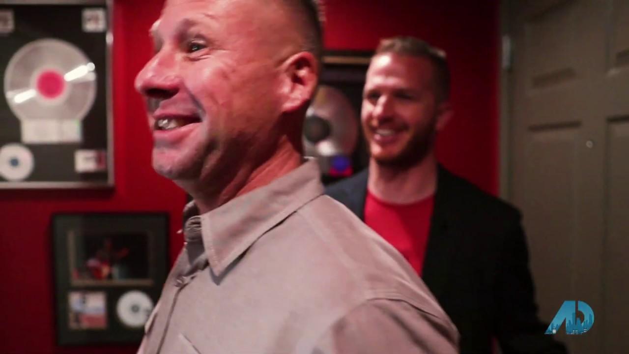Las Vegas – Season 3 – Episode 3 – Kevin Sullivan, Kyle Mayer & Delinda Crampton