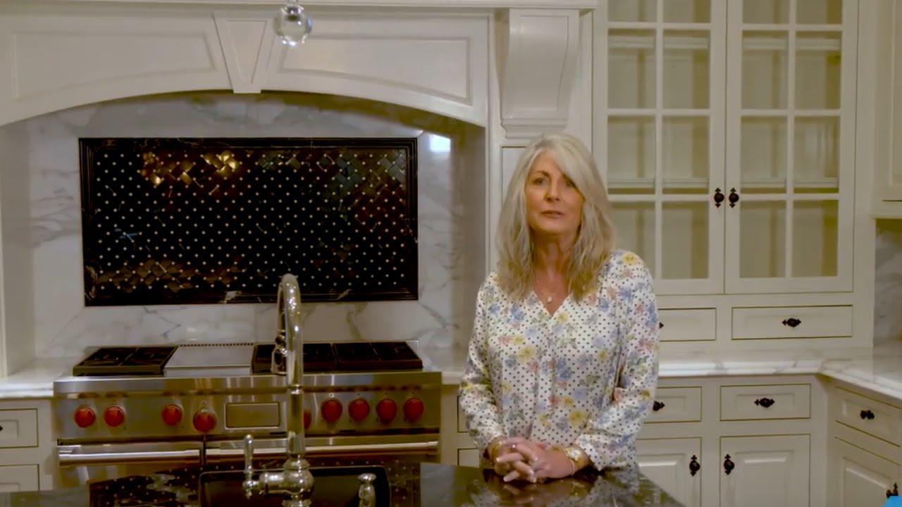 The American Dream – Houston – S6 – E5 – Lisa Gregory & Amy Lippincott